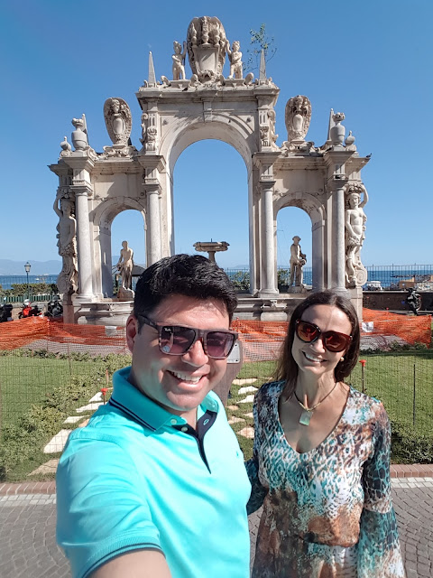 lugares turísticos em Nápoles