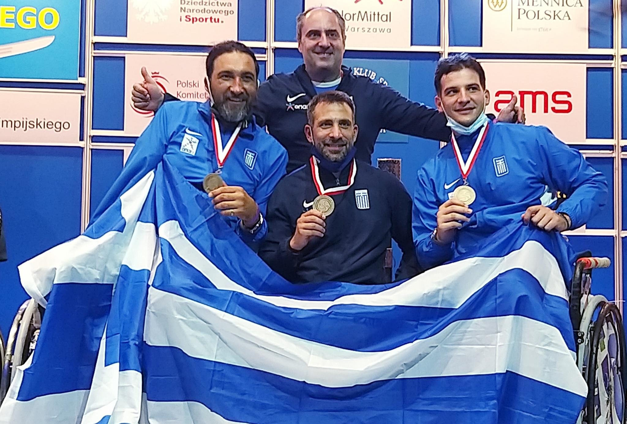 Χάλκινο μετάλλιο για την Ελλάδα στο ομαδικό σπάθης σε αμαξίδιο