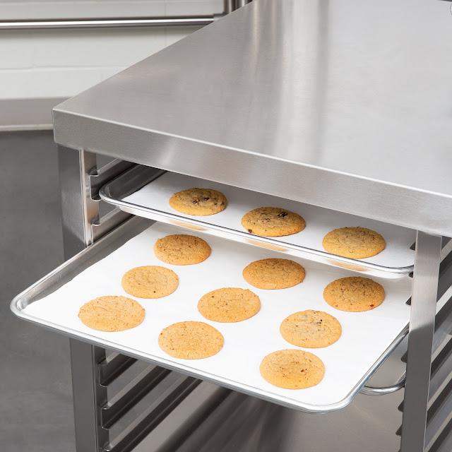 Meja Stainless Khusus Untuk Dapur Bakery