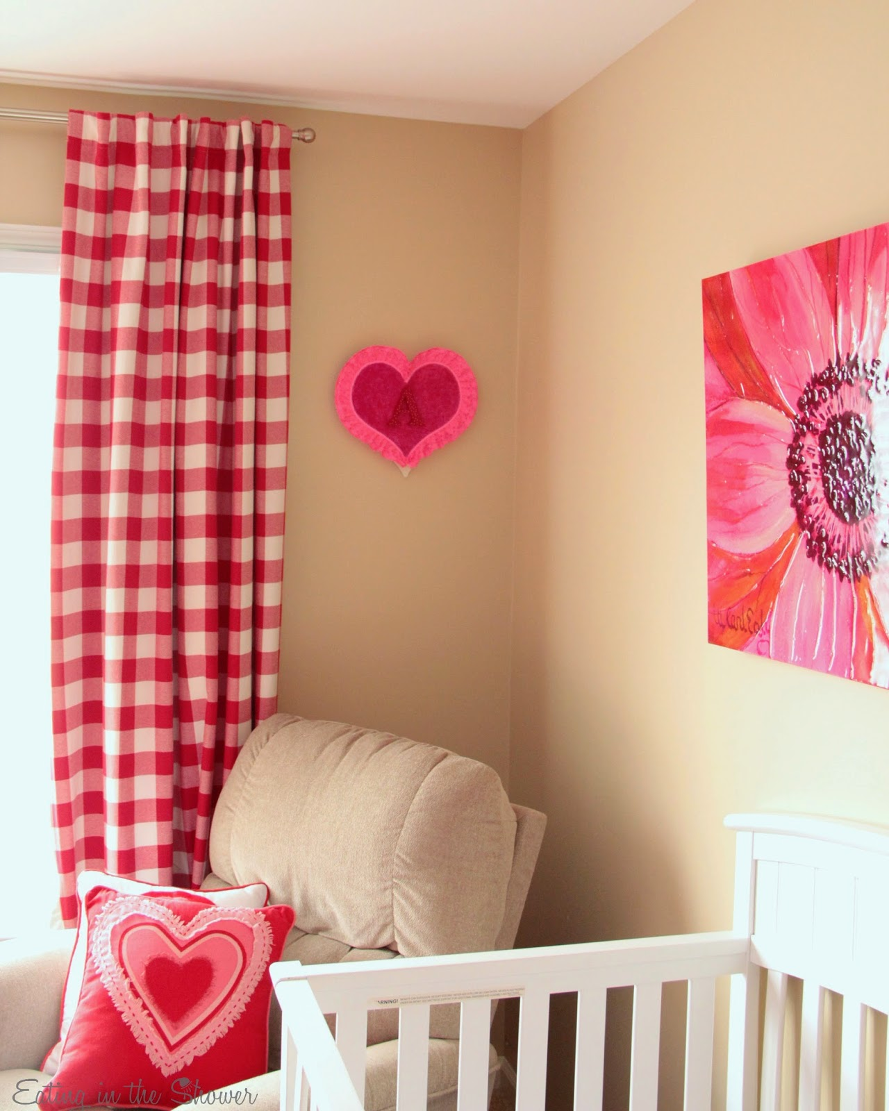 Pink and red nursey decor