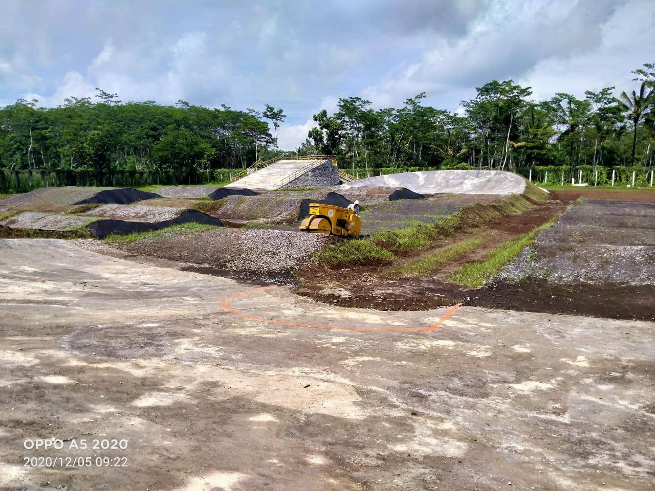 Sirkuit BMX di Kawasan Selokambang Selesai Dibangun