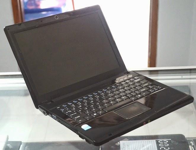 harga Jual Laptop Bekas Axioo neon M72SR