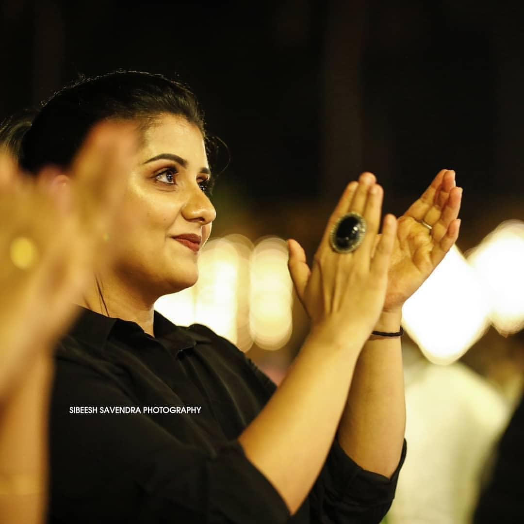 South Indian Actress Sarayu Mohan Looking Beautiful in Black Dress