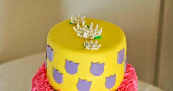 Minion Birthday Cake With The Name Jessica