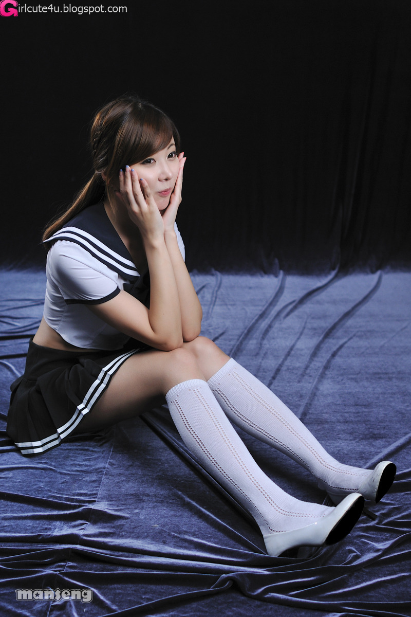 Xxx Nude Girls Sexy School Girl - Jung Se On