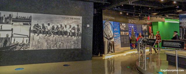 Exposição sobre a história e a construção do Rockefeller Center, Nova York