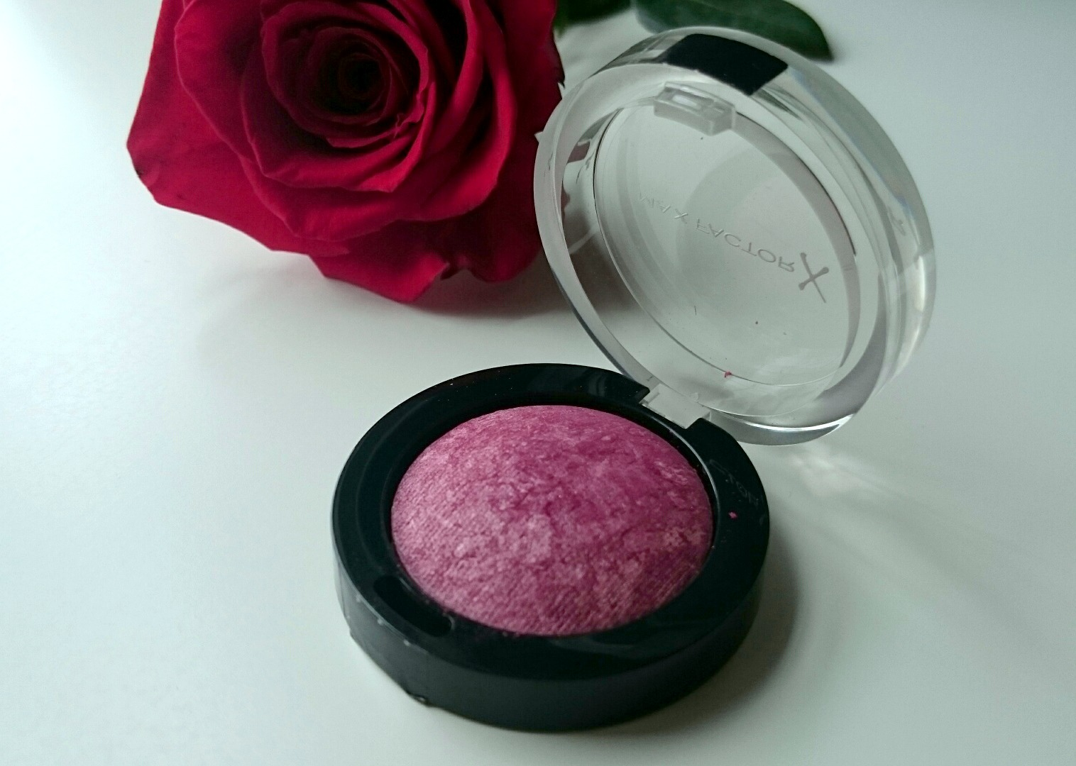 Max fcator creme puff blush Gorgeous Berries
