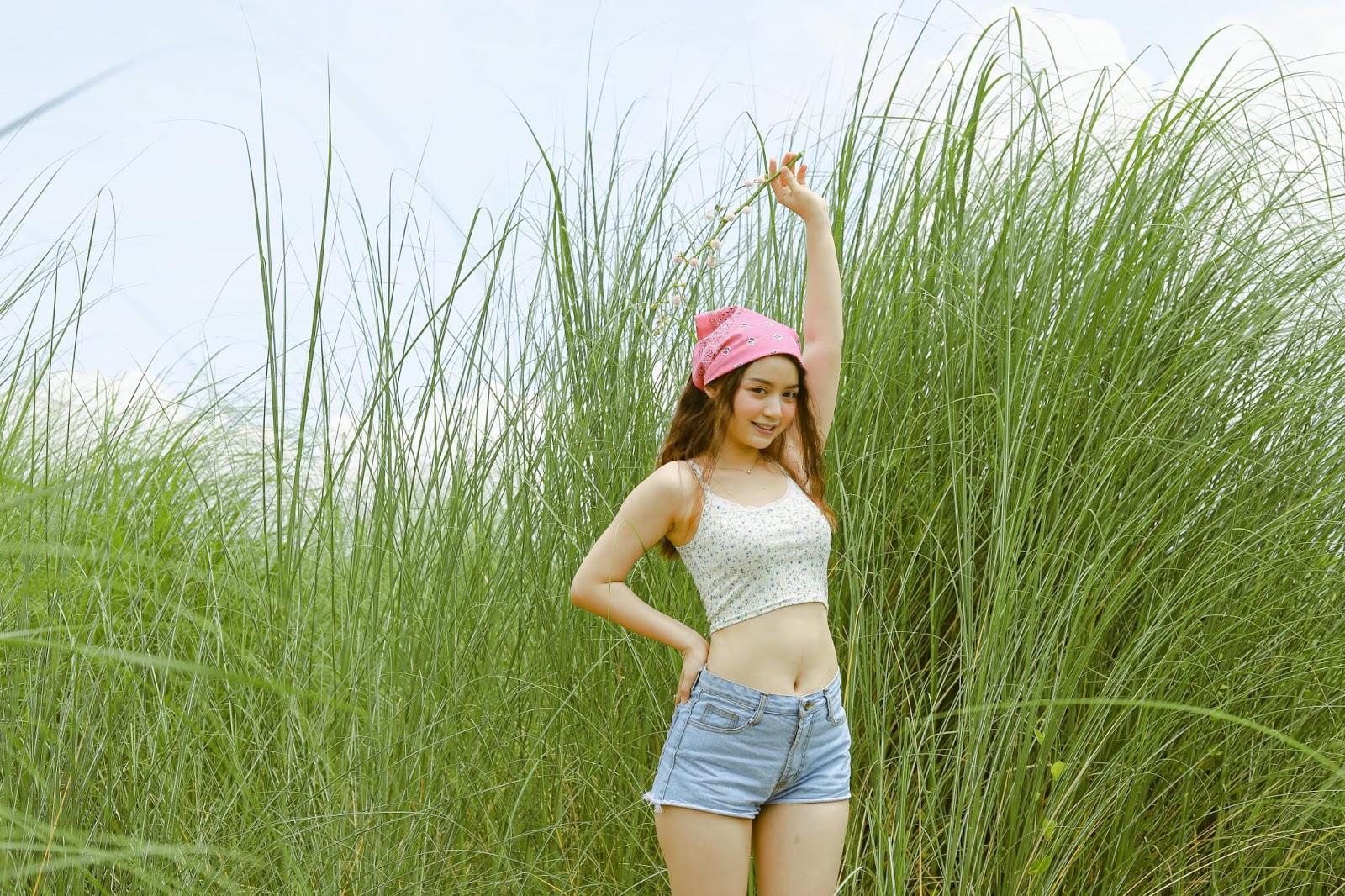 Khin Wint Wah Sunny Day Photoshoot