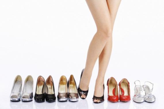 Resultado de imagem para sapatos femininos e masculinos
