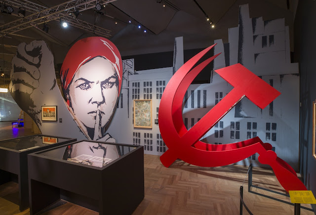 Opera Passion, Power  and Politics installation - Leningrad / Lady Macbeth of Mtsensk (c) Victoria and Albert Museum, London