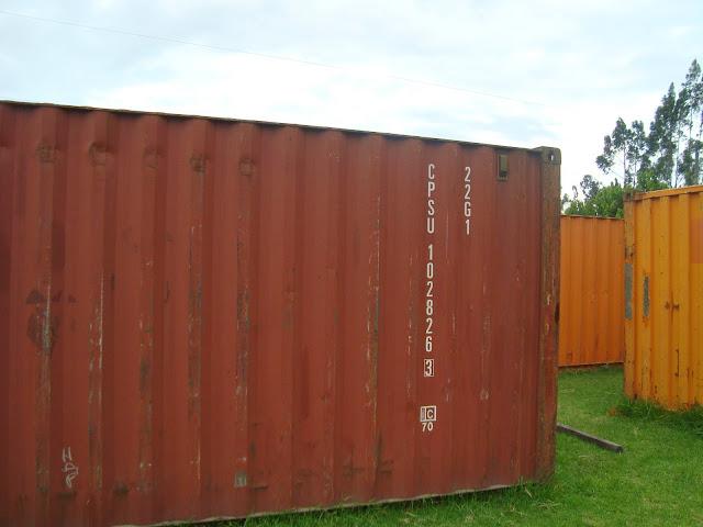 Casa RDP - Shipping Container Industrial Style House, Ecuador 29