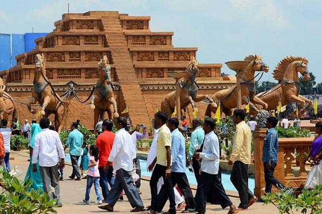 baahubali-mahishmati-set-in-ramoji-film-city-declared-a-tourist-attraction