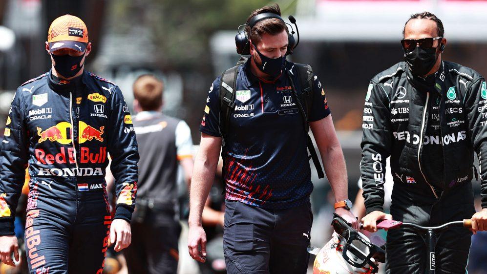 Wolff diz que Hamilton e Verstappen fornecerão 'ação nos trilhos e uma novela fora dele' em 2021