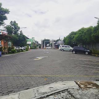 Paving Blok Untuk Area Lahan Parkir Kendaraan