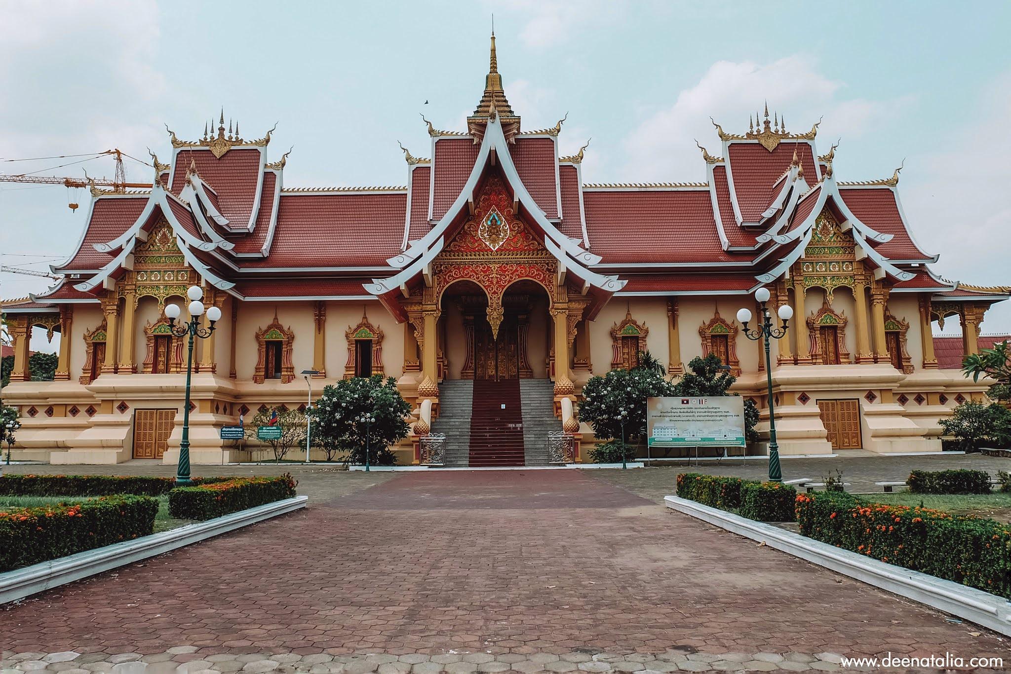 Pha That Luang Laos