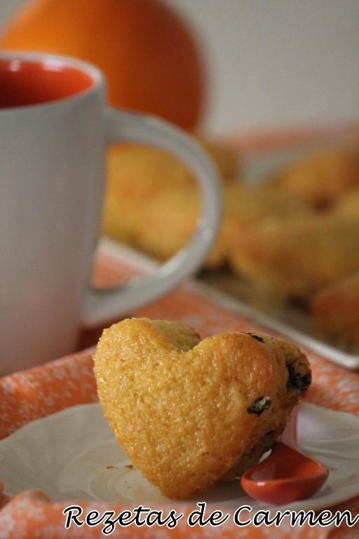 Magdalenas de chocolate y naranja.
