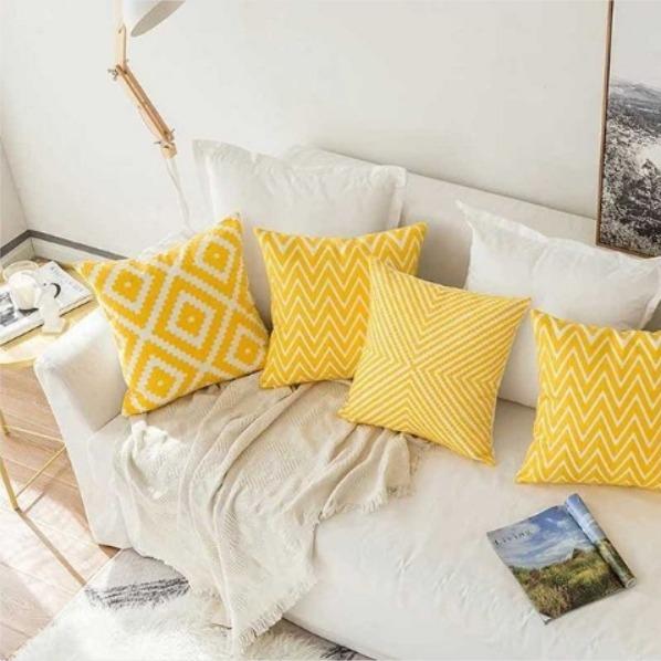 Top 10 Big Decorative Pillows For Bed 2019 Sinjhu Blog