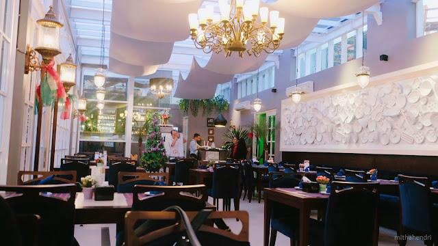 Palembang Equatore Rooftop Cafe Pengagum Pencipta Langit