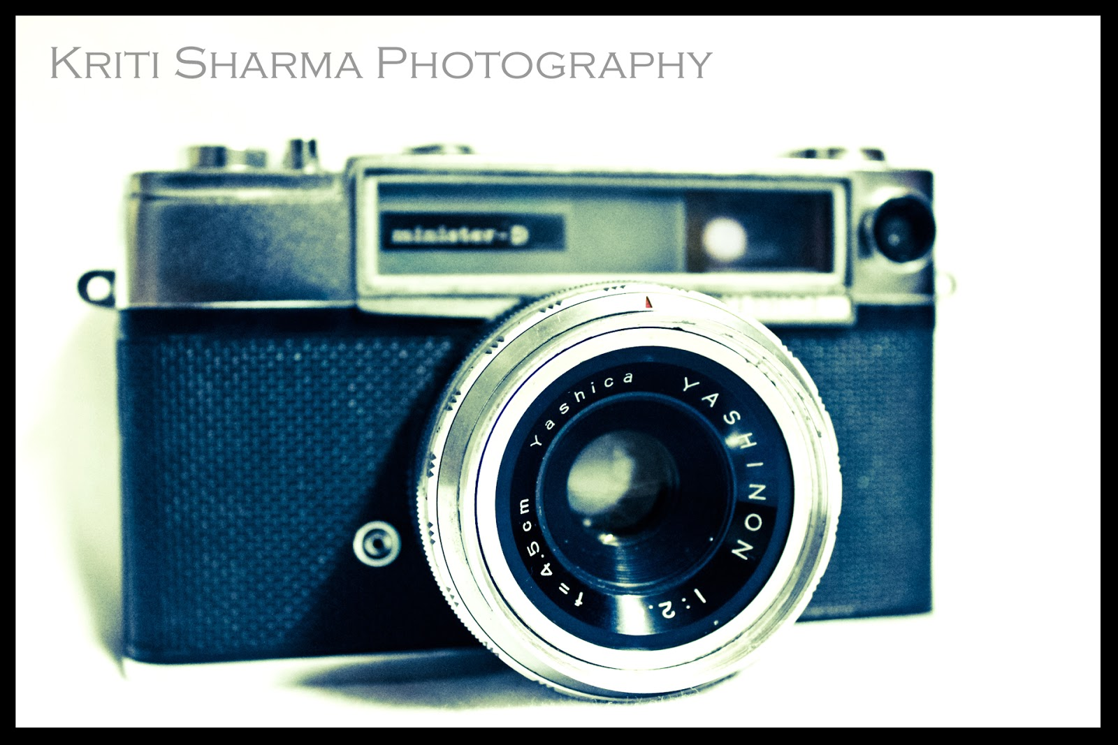 The Viewfinder: Yashica Minister D