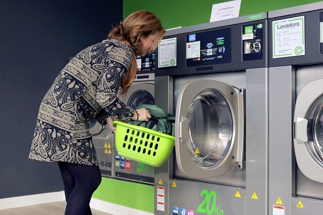 como lavar as roupas
