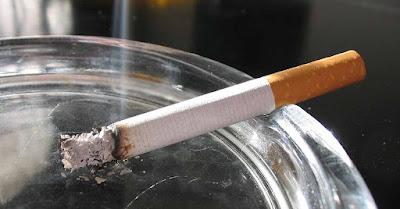 Membelikan Rokok Untuk Orangtua