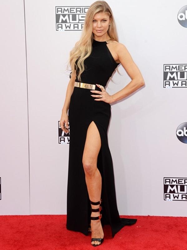Fergie-elbise