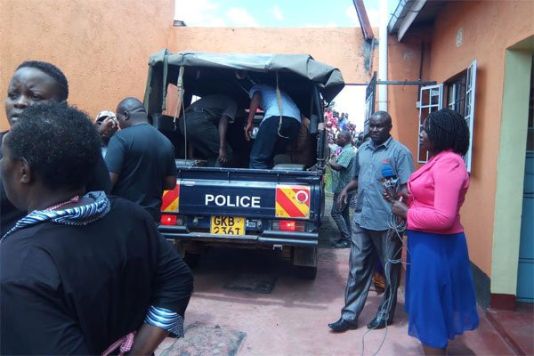 21-year-old woman stabs husband to death