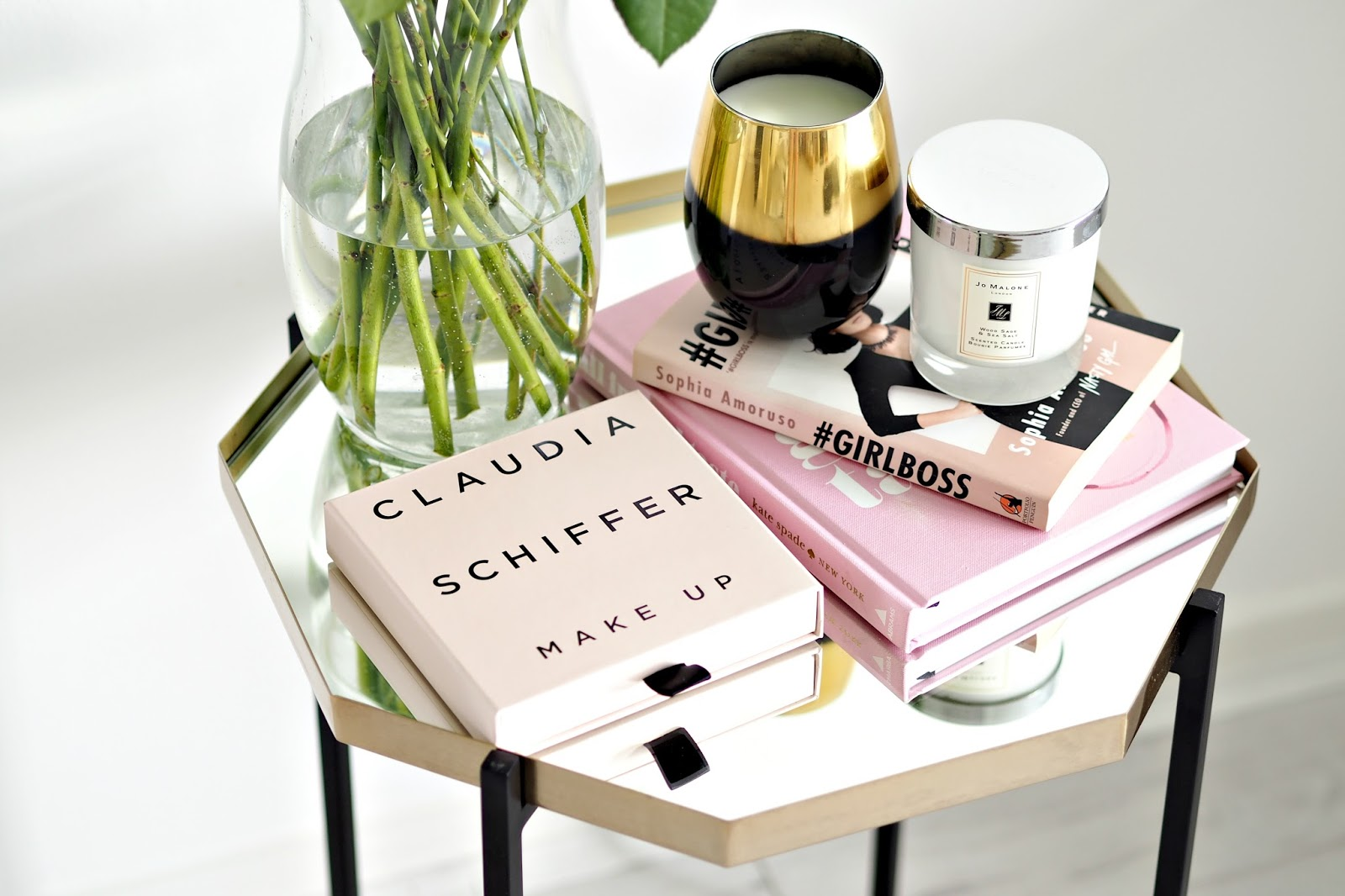 Claudia Schiffer Blusher and Lipstick Review
