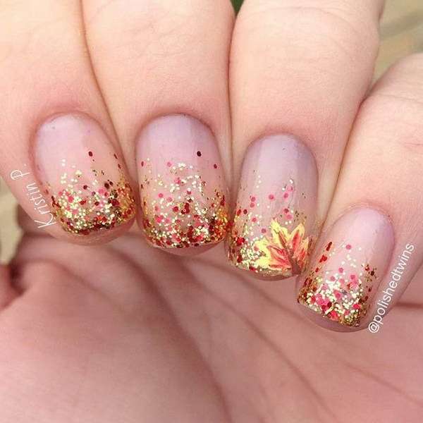Golden Nails Glitter