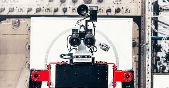 Robôs no lugar de astronautas - Empresa Japonesa quer substituir mão de obra espacial