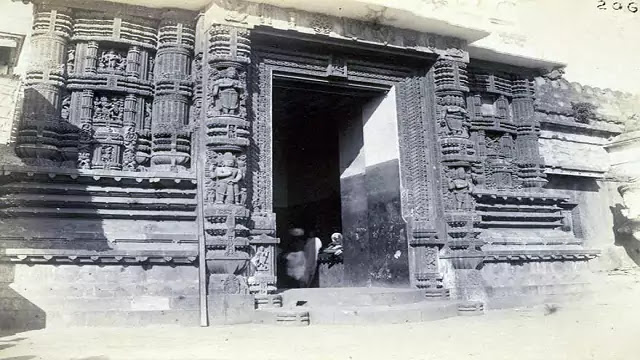 old photos of Puri Jagannath temple, images for old Puri Jagannath temple, Puri Jagannath Temple Old Photos, Rare photos of jagannath temple puri, Rare Photos of Jagannatha Puri from the 1800's and 1900's, Jagannath Puri Temple old images and pics.