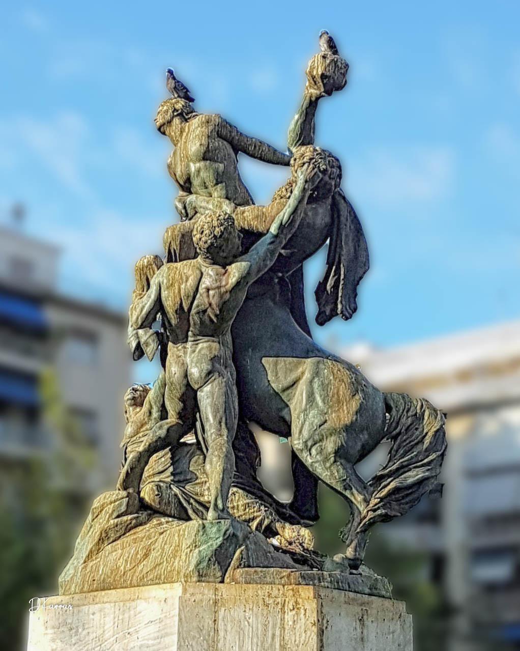 Άγαλμα Πλατείας Βικτωρίας