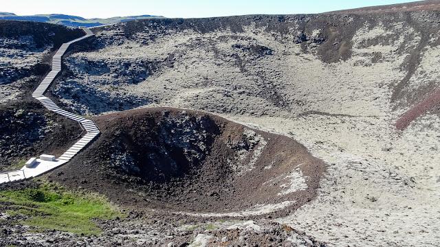 Volcano before BORGARNES