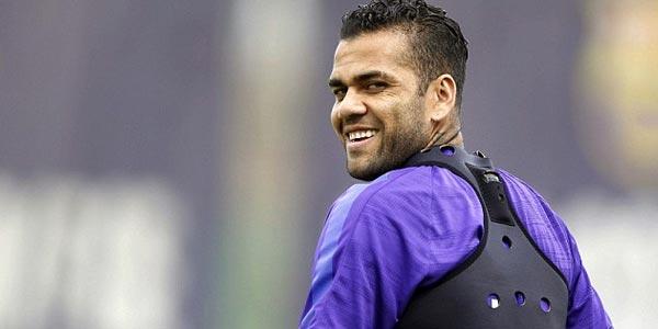 Transfer Alves ke Juve Rampung dalam 48 Jam
