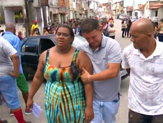 Corpo de criança morta durante assalto em Feira de Santana é enterrado sob forte comoção