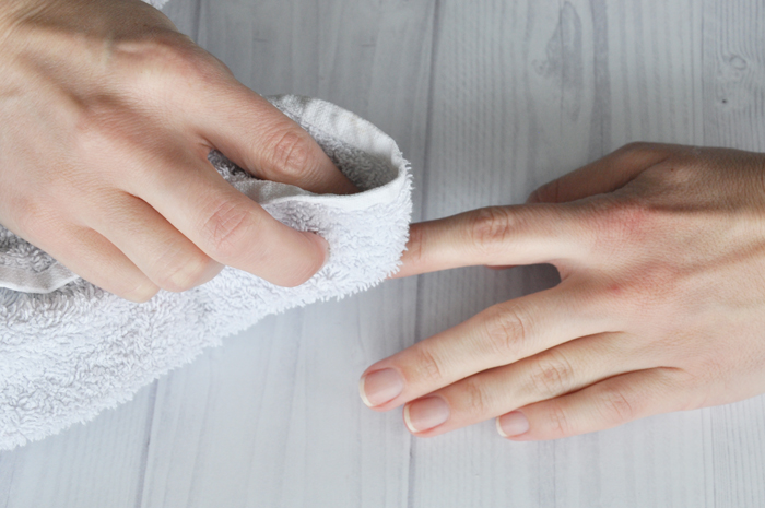 Step 5: dry hands properly