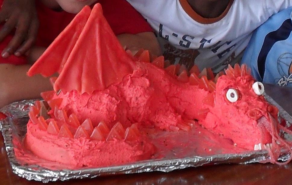 Novelty Cake Designs How To Make A Dragon Cake