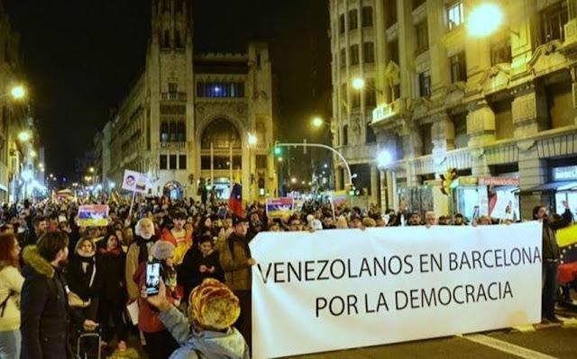 Europa: Gobierno español emitió más de 3.300 residencias para los venezolanos que solicitaron asilo político.