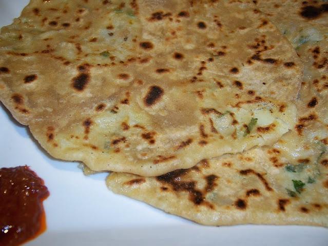 Aloo paratha recipe in hindi-आलू पराठा कैसे बनाते हैं