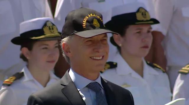 """La Fragata A.R.A, """"Libertad"""" es recibida por el Presidente Macri"""