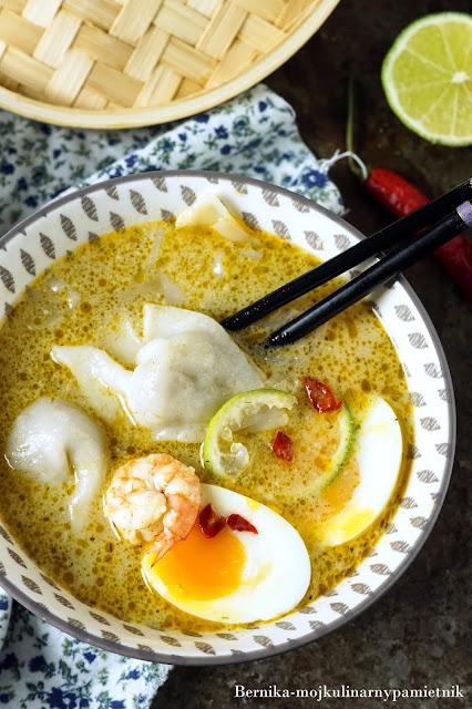 zupa, azja, pierozki, dimsum, krewetki, curry, obiad, tajska, chinska, mleczko kokosowe, bernika, kulinarny pamietnik