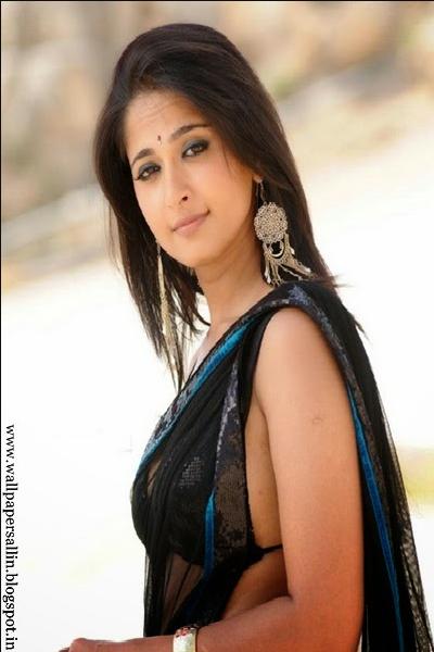 Top 10 hot images of anushka shetty