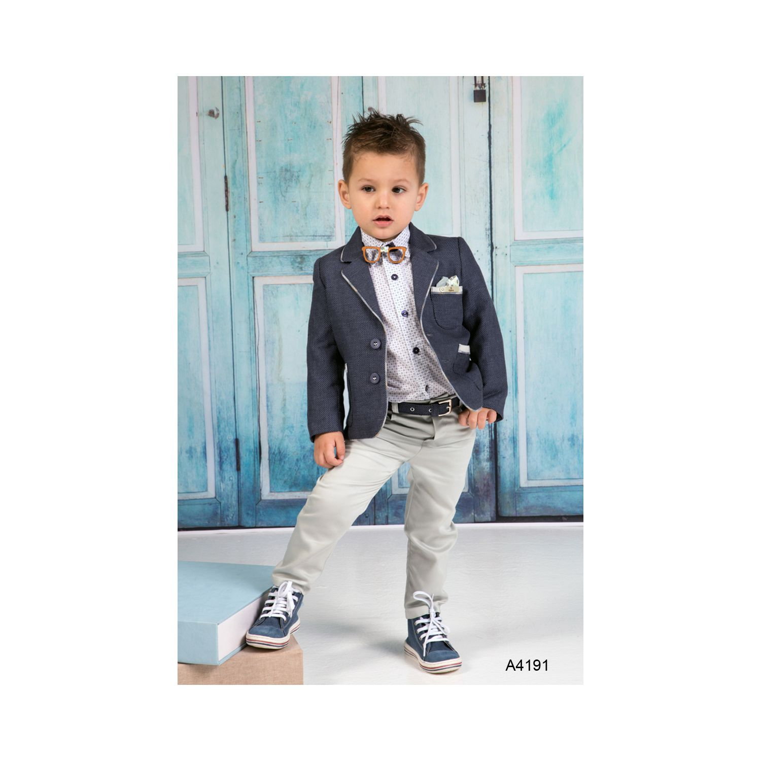 Contemporary  baptism suit for boys A4191