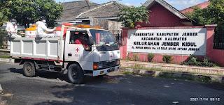 Permintaan Penyemprotan Disinfektan    Tim Relawan PMI Sibuk