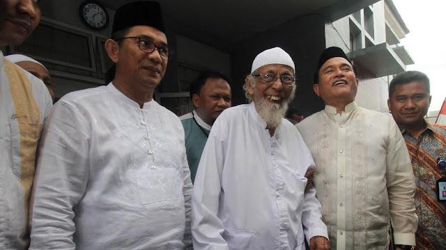 Ternyata Ini Alasan Jokowi Bebaskan Abu Bakar Ba'asyir