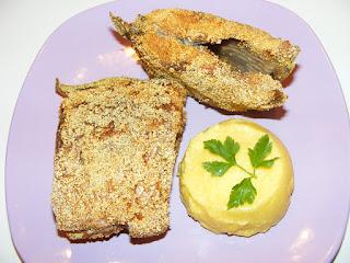 retete peste prajit la tigaie cu mamaliga, preparate din peste, mancaruri cu peste, retete de peste, retete culinare,