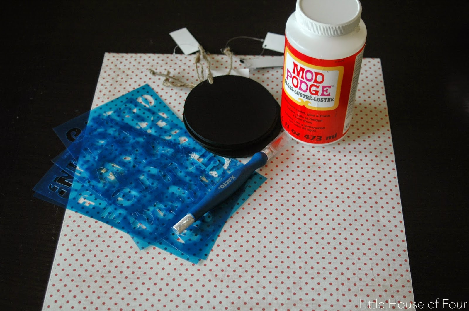 Supplies needed to make diy weekly clothing tags