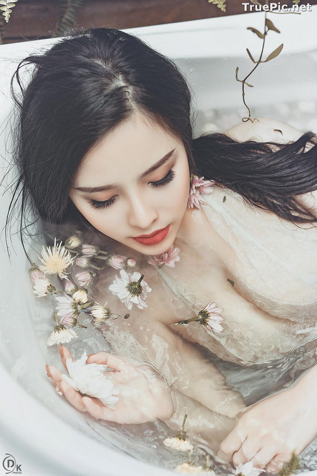 Image Vietnamese Model - Beautiful Fairy Flower In The Bath - TruePic.net - Picture-6