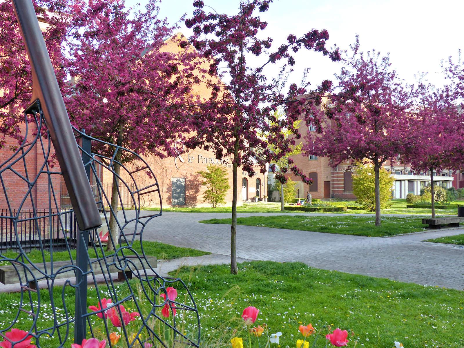 Photo Hospice d'Havré, Tourcoing - Mail extérieur