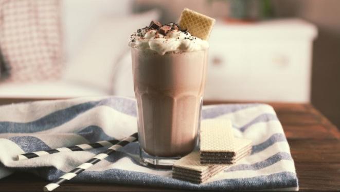 desert-čokolada-napitak-čokoladni-shake